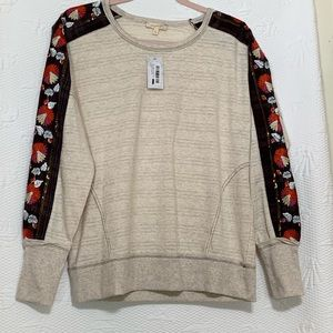Mystree sweatshirt NWT size small